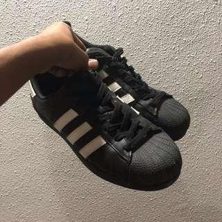 033aa4af5d9ebe adidas superstar black