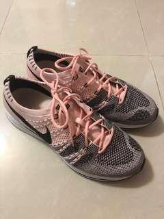 Nike Flyknit trainer 9成新 us8