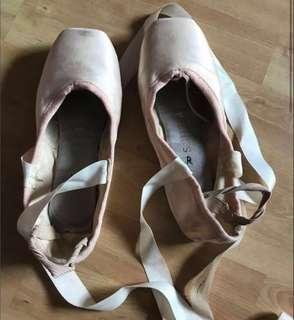 36adfda1fc52 ballet pointe