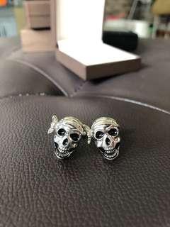 Pirate skull cuff links