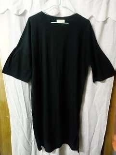 y lohaolingaan 黑色 短袖 鬆身 喇叭袖 前短後長 長身衫