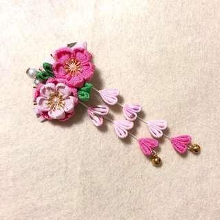 手作 染淺粉紅色雙花配珍珠 扇面 雙流蘇 和風髮夾🌸