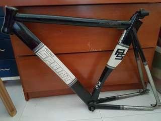 PCO Aerosprint frame + Carbon fork