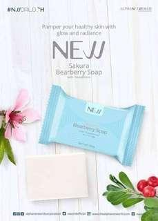 NEW NLighten Sakura Bearberry Soap