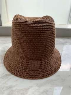 🚚 Hat