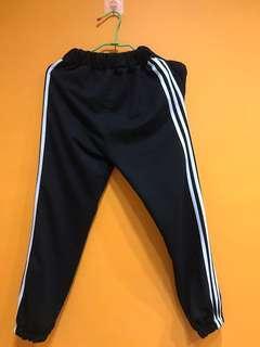 三線褲 運動褲