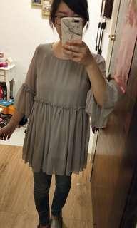 🚚 灰色雪紡衣