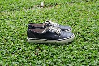 VANS VAULT AUTHENTIC LX LEATHER