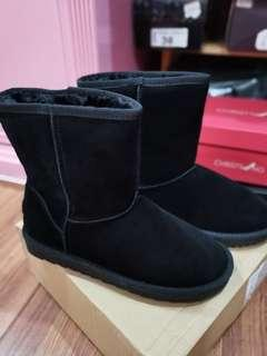 (freepostage) NEW Winter Thick Boots冬天厚毛靴子 (with shoe box)
