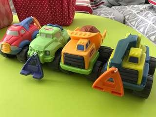 🚚 Toddler trucks in great working condition