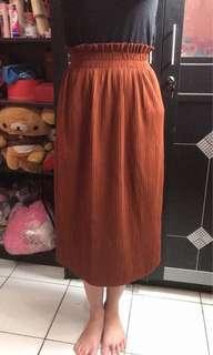 Import skirt
