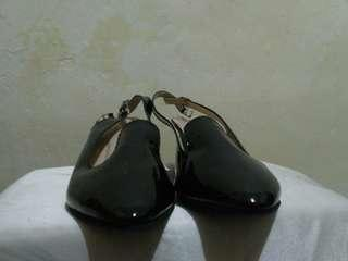 Sepatu heels merk luin size 37