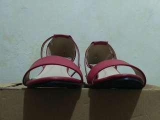 Sepatu heels merk Luin size 38