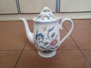 Villeroy & Boch teapot #MakeSpaceForLove
