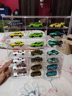 Hotwheels Lot Free Gift Case