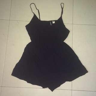 H&M jumpsuit hitam