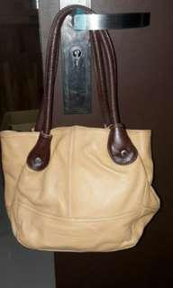 🚚 DIANA JAMES手提包包