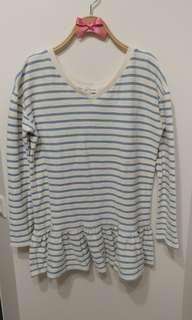 清甜 橫條紋 藍白橫條上衣 傘襬 微寬鬆 長袖 甜美氣質款 韓妞