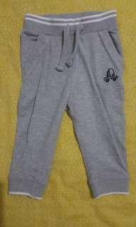 Celana Panjang Abu-abu branded