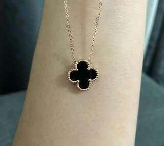 VCA Necklace