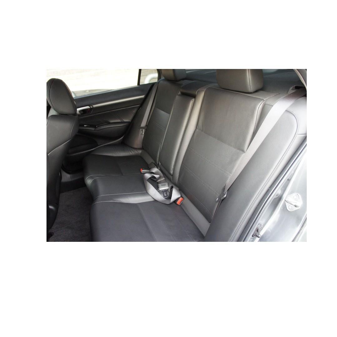 2011 Honda Civic 1.8 灰 FB搜尋 : 『阿文の圓夢車坊』