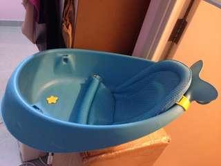 嬰兒浴盤(二手買入,我而家有另一個所以這個放出去賣)買時九成新,$180元