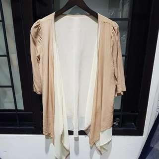 beige cardigan / outer