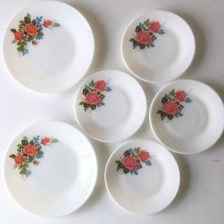 Vintage Pyrex Cottage Rose Plates