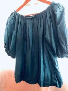Quarter balloon sleeves blouse