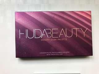 🚚 Huda Beauty Dessert Dusk Palette