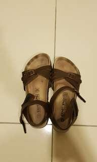 Beverly hills polo club size 39