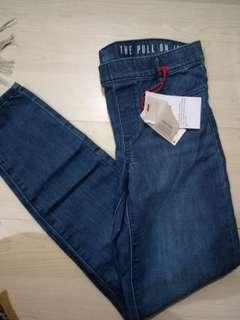New Cotton ON Jeans