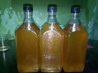 Raw and wild pure honey