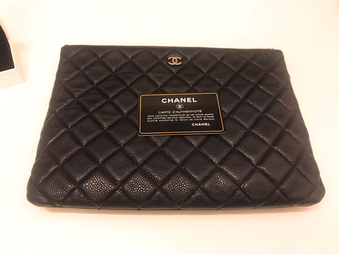 0e22571fd0d02e Authentic Chanel o case medium caviar, Luxury, Bags & Wallets ...