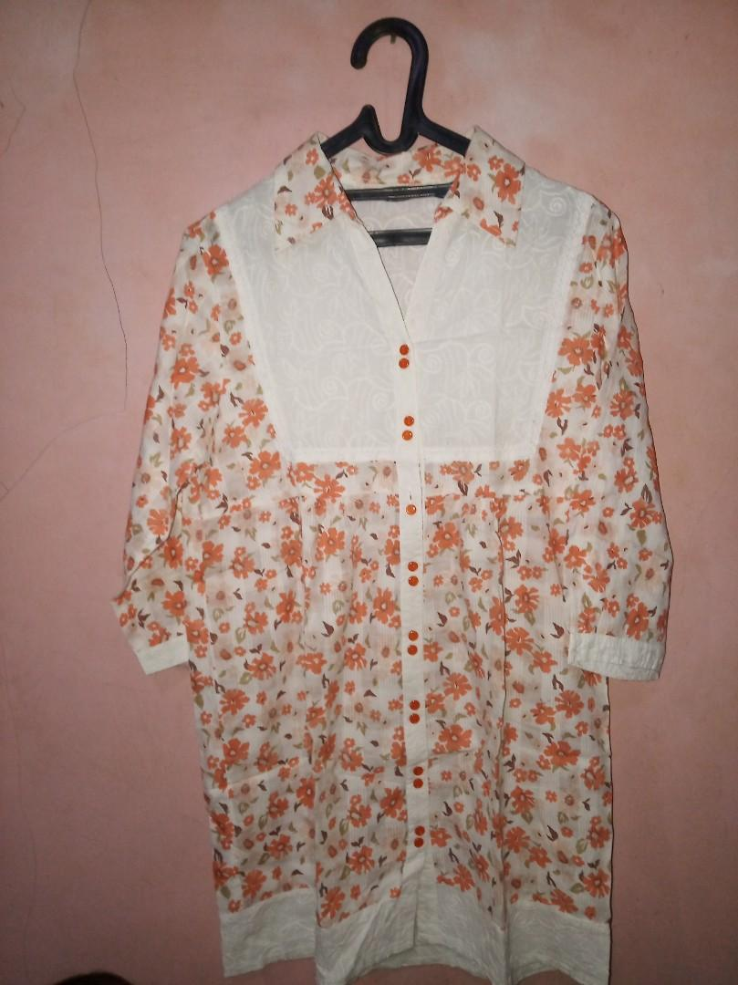 Blouse orange bunga