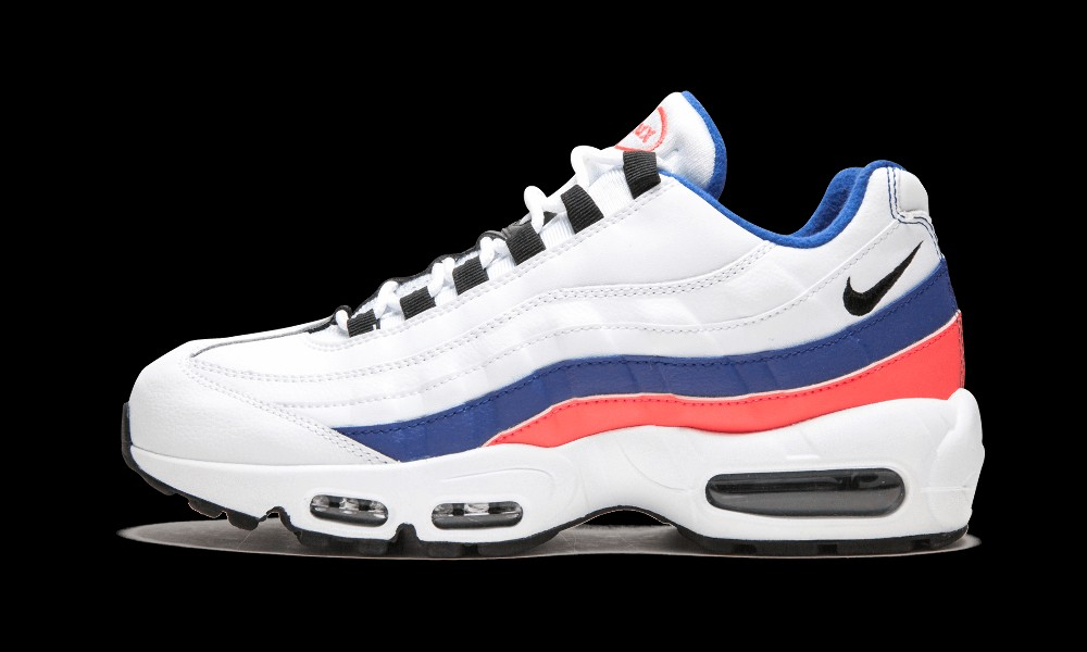 huge selection of 891a1 7a203 BNIB Nike Air Max 95 Essential(White and Black-Solar Red), Men s ...
