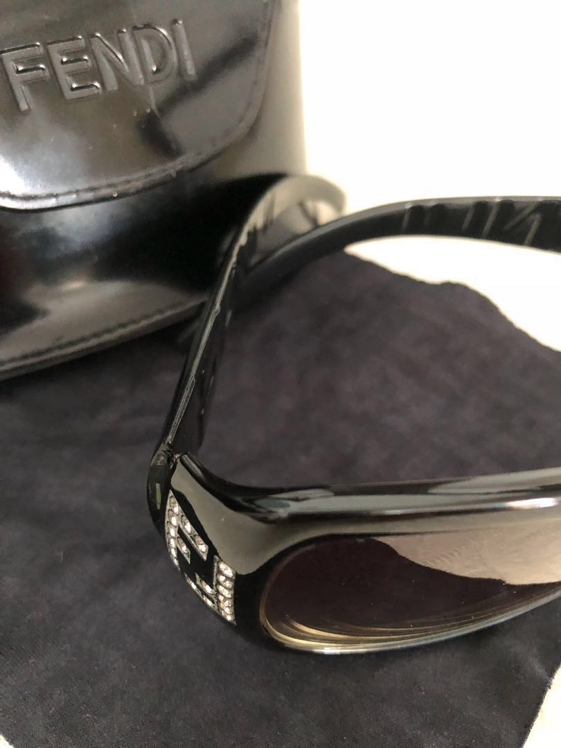 af1ebf28268 Home · Women s Fashion · Accessories · Eyewear   Sunglasses. photo photo ...