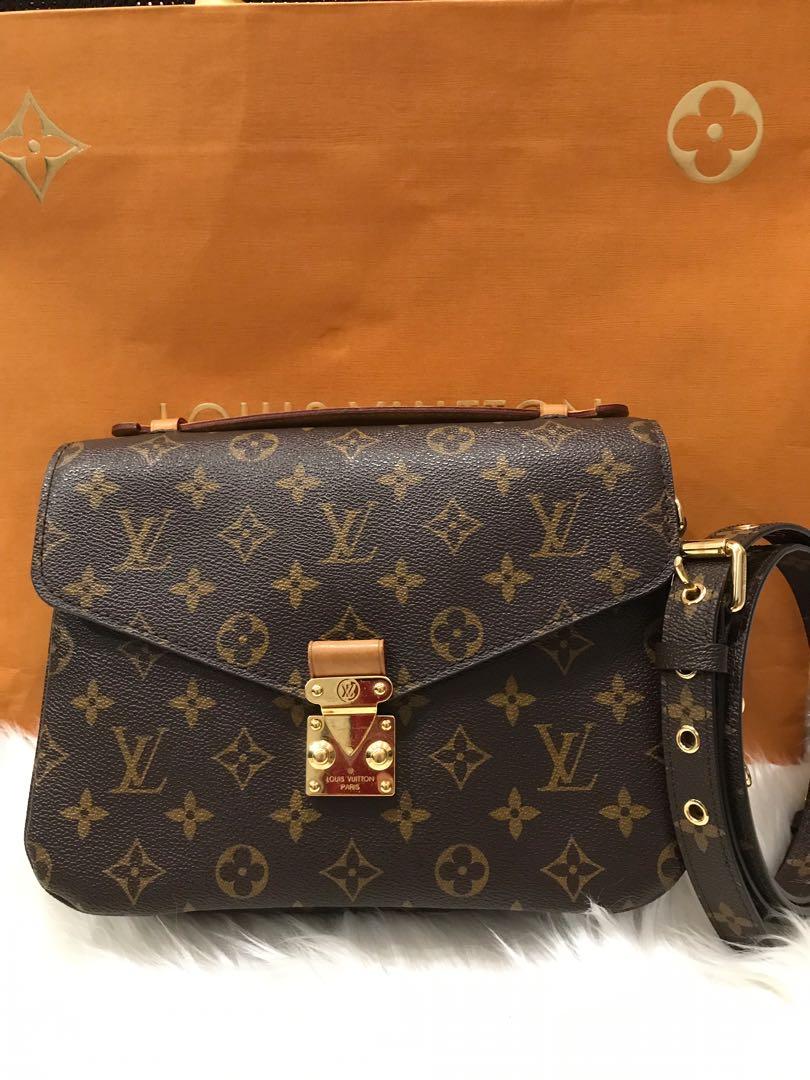 💥HOT SALE💥Louis Vuitton Pochette Metis 9dc540db9ced6