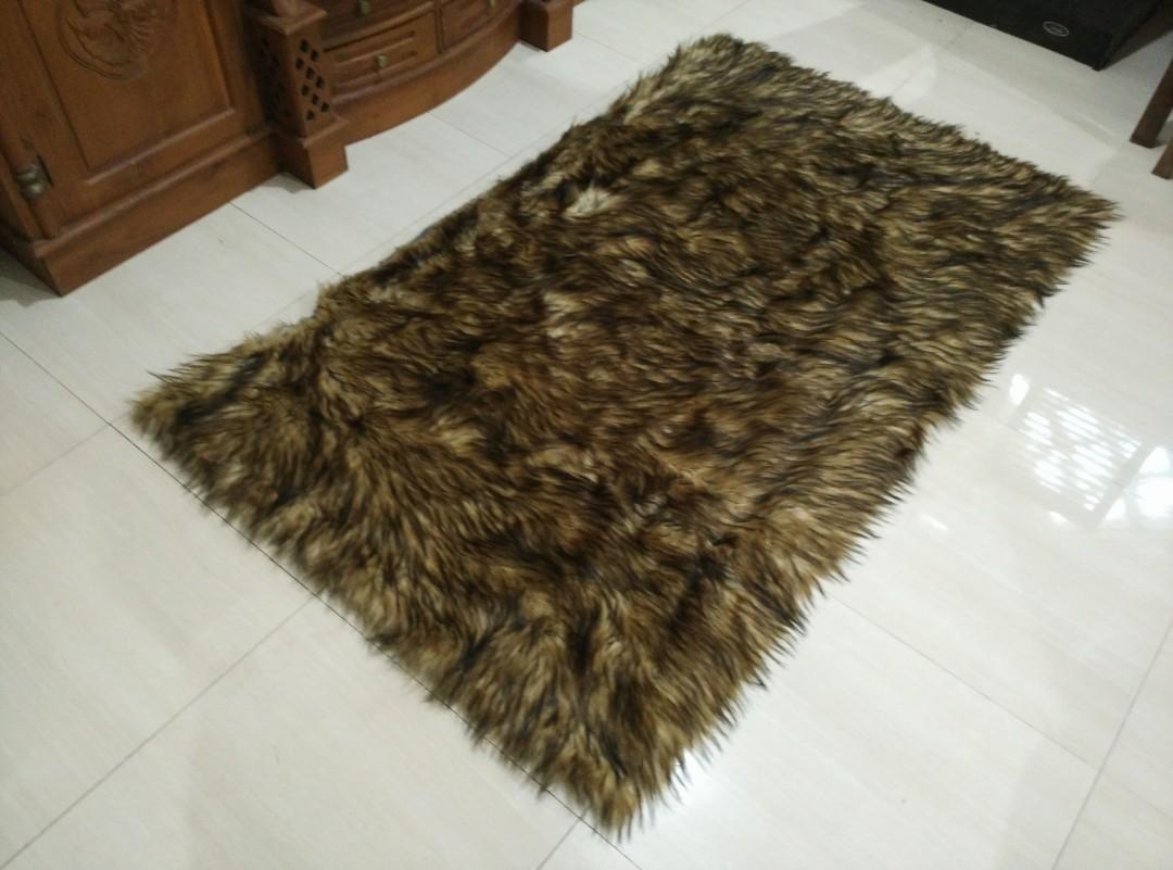 Karpet Bulu Premium
