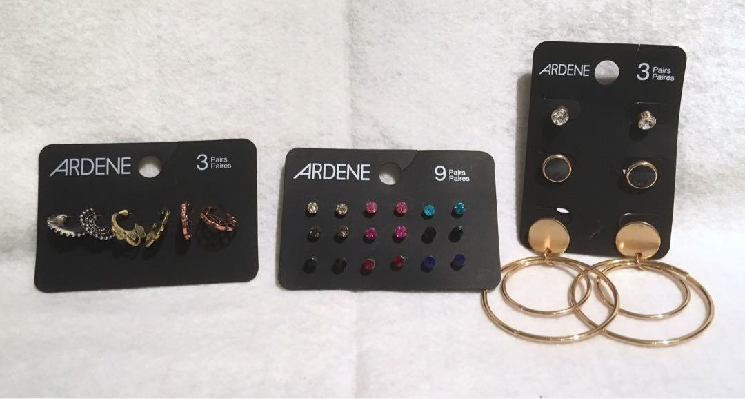 Lot of 16 Brand New Jewellery Hair and Other Accessories from Ardene