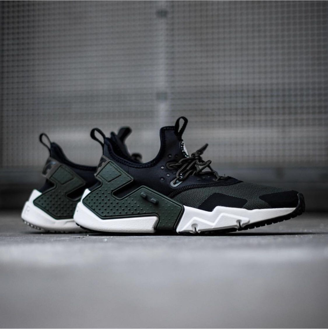 06692255e904 Men s Nike Air Huarache Drift