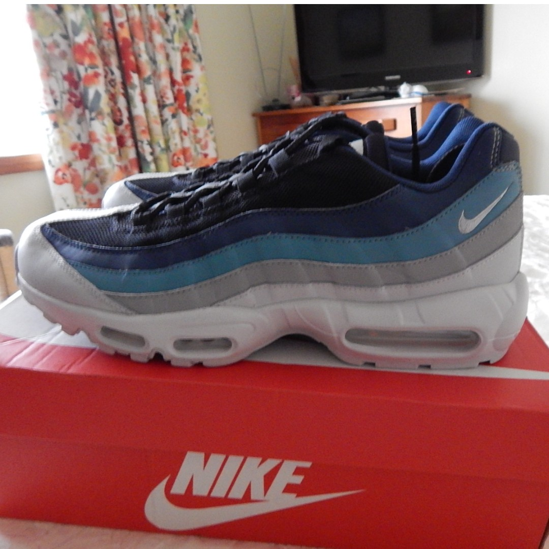huge selection of edfd2 7358c Nike Air Max 95 Essential Mens shoes, size 11 US, brand new in box