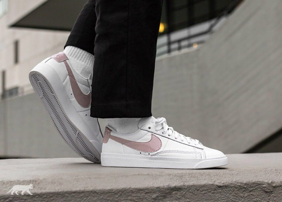 241f0e84dae9a9 Nike blazer low le sneaks, Women's Fashion, Shoes, Sneakers on Carousell
