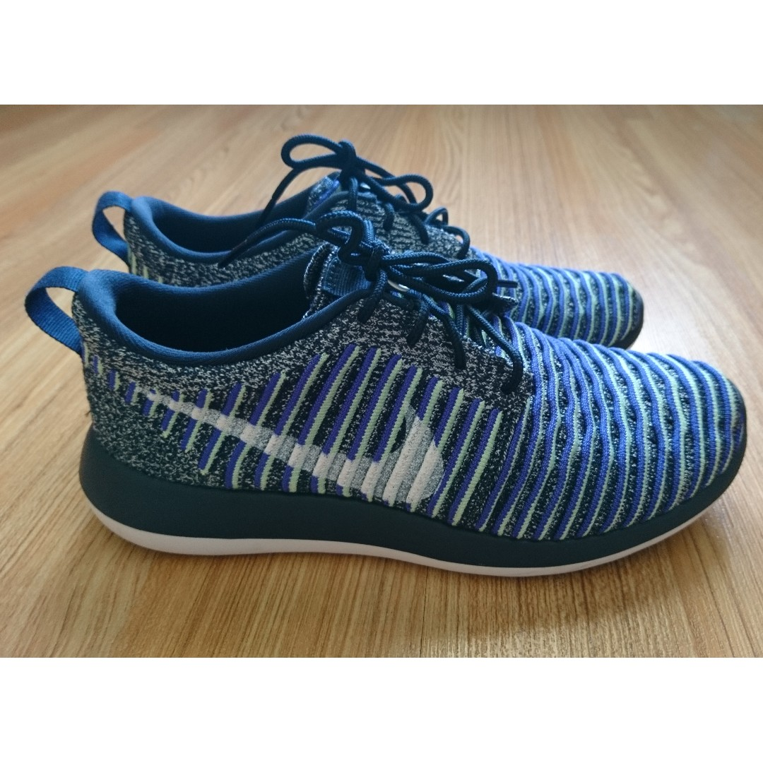 buy online 08a06 c5c78 Nike Roshe Two Flyknit Womens Running Shoes