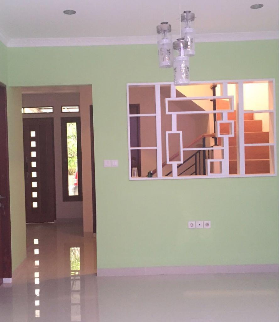 Rumah 2 lantai dijual murah di Modern Hill Pondok Cabe Tangsel