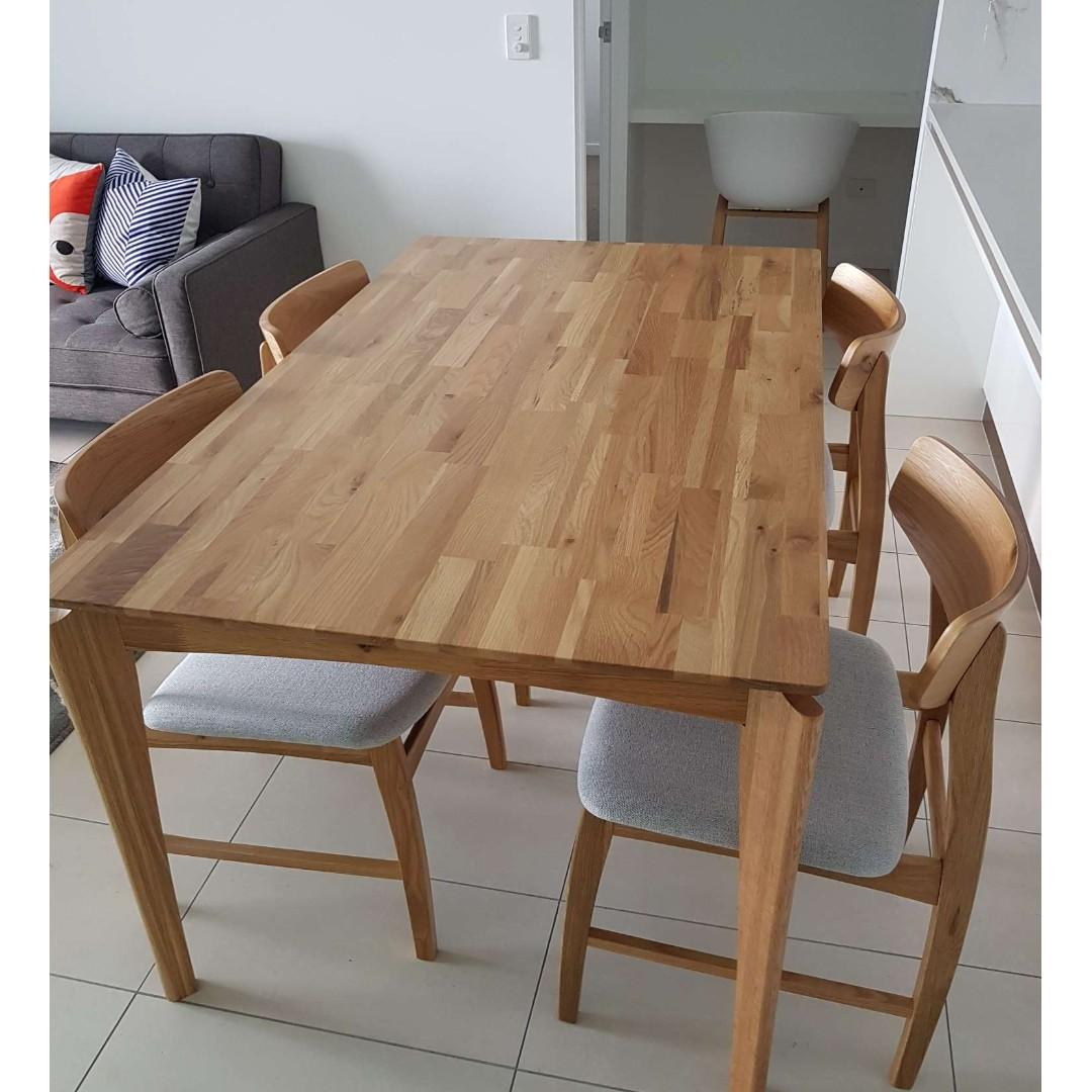 Solid timer dining set package, 1*table with 4 chairs