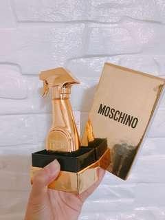 🚚 Moschino 亮金金 30ML