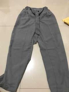 grey celana panjang