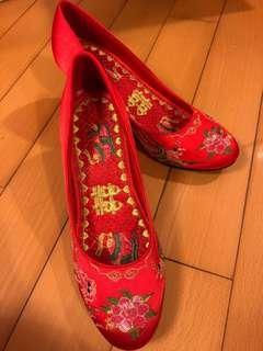 結婚裙褂鞋