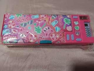 🚚 Smiggle pencil case
